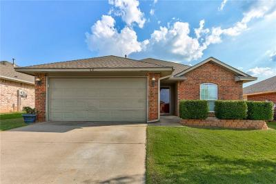 Moore Single Family Home For Sale: 610 SW 38th Place