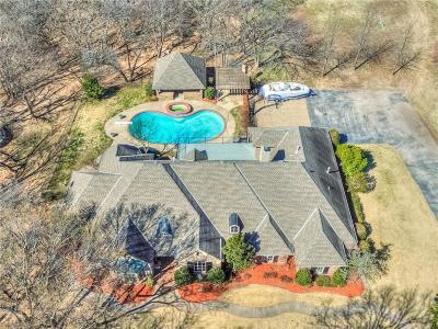 Edmond Single Family Home For Sale: 17 S Arcadian Oaks