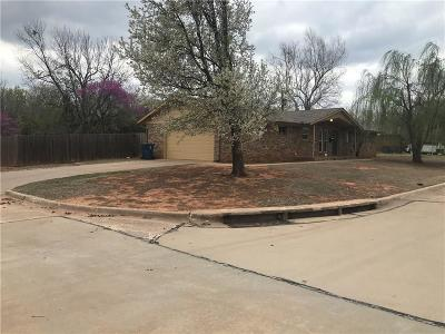 Midwest City Single Family Home For Sale: 201 E East Campbell Dr.