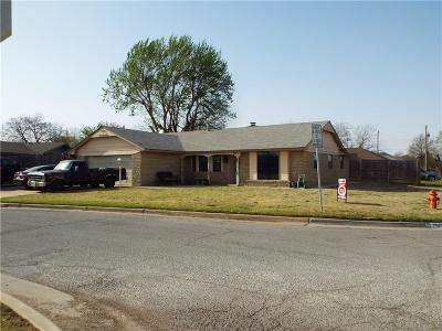 Oklahoma City OK Single Family Home For Sale: $124,800