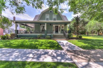 Norman Single Family Home For Sale: 204 S University Boulevard
