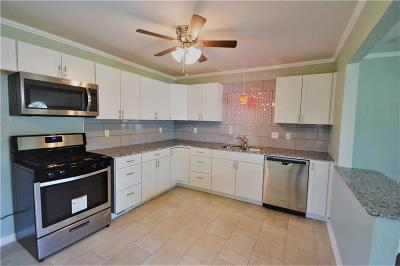 Warr Acres Single Family Home For Sale: 4307 N Circle Drive