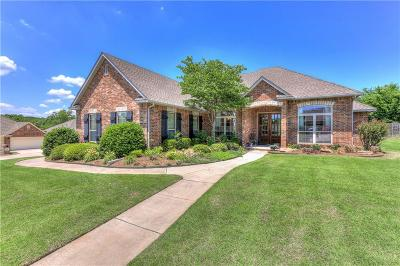 Midwest City Single Family Home For Sale: 12303 Abbey Lane