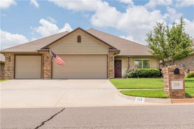 Single Family Home For Sale: 213 Evie Place