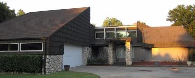 Single Family Home For Sale: 9800 Henderson Drive