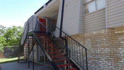 Oklahoma City Multi Family Home For Sale: 7321 Melrose Lane