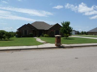 Piedmont Single Family Home For Sale: 2574 NE Angela Court