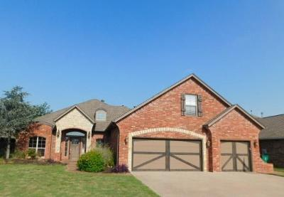 Edmond Single Family Home For Sale: 16401 Old Olive Way