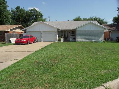 Warr Acres Single Family Home For Sale: 5717 46th Street