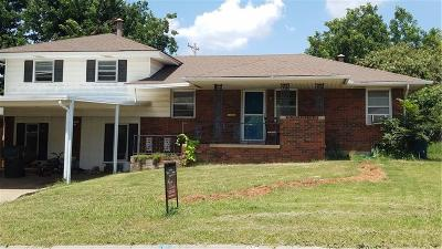 Midwest City Single Family Home For Sale: 125 W Coe Drive