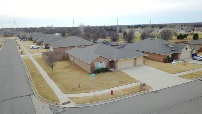 Norman Single Family Home For Sale: 1316 Elk Horn Road