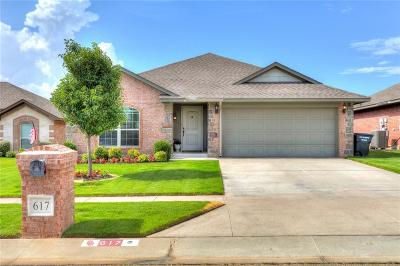 Moore Single Family Home For Sale: 617 SW 44th