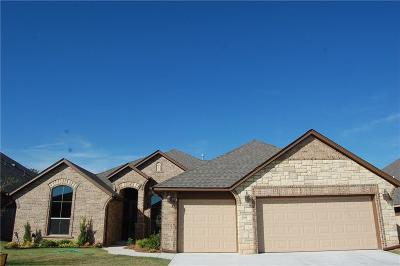 Moore Single Family Home For Sale: 2633 SE 38th