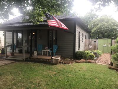 Edmond Single Family Home For Sale: 314 W 1st