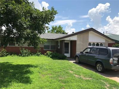 Moore Single Family Home For Sale: 622 SW 3rd Street