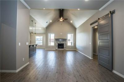 Yukon Single Family Home For Sale: 713 Windy Lane