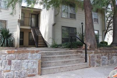 Norman Condo/Townhouse For Sale: 829 Red Bird Lane #B