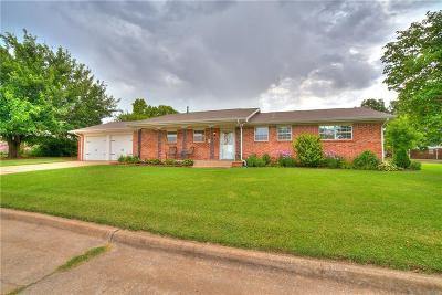 Edmond Single Family Home For Sale: 101 Marilyn Avenue