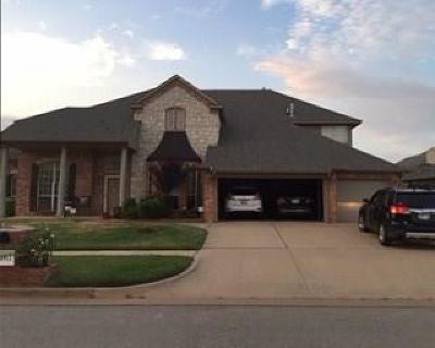 Oklahoma City OK Single Family Home For Sale: $372,000