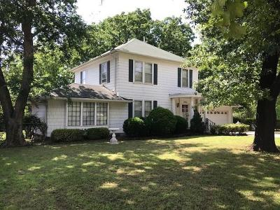 Bethany Single Family Home For Sale: 3801 N Beaver *new $$*
