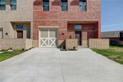 Edmond Condo/Townhouse For Sale: 457 S Fretz Avenue