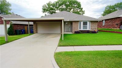 Midwest City Single Family Home For Sale: 2417 Fruitful Drive