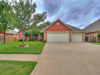 Yukon Single Family Home For Sale: 2101 Stony Brook Lane