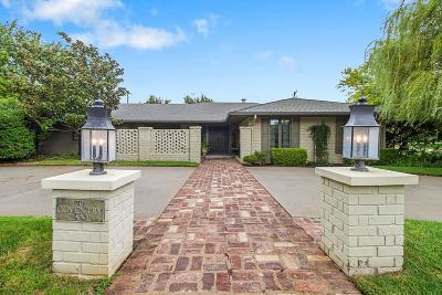 Nichols Hills Single Family Home For Sale: 1701 Coventry Lane