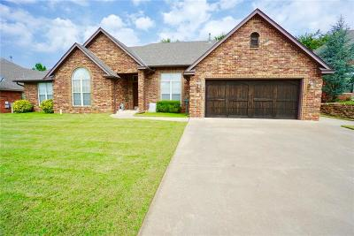 Midwest City Single Family Home For Sale: 404 Dover Road