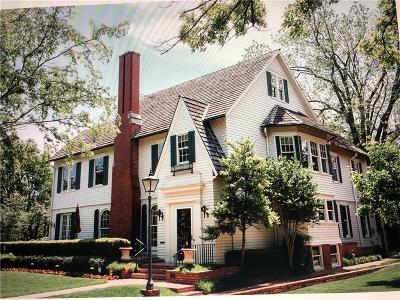Oklahoma City Single Family Home For Sale: 700 NW 15 Street