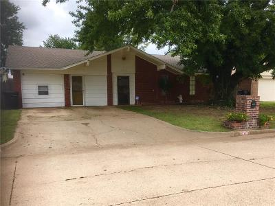 Moore OK Single Family Home For Sale: $103,900