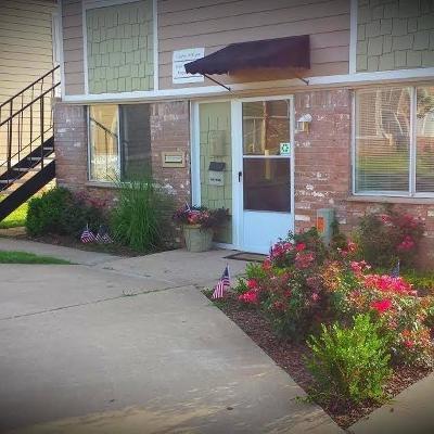 Oklahoma City Multi Family Home For Sale: 7201 Melrose Lane