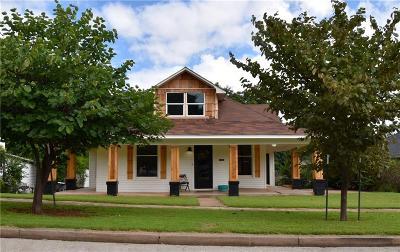 Guthrie Single Family Home For Sale: 816 E Warner Avenue