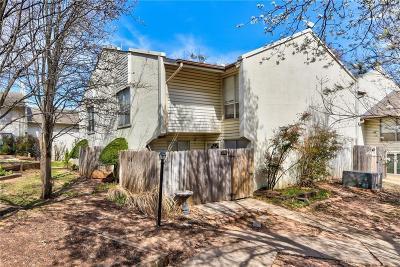 Norman Condo/Townhouse For Sale: 838 Cardinal Creek