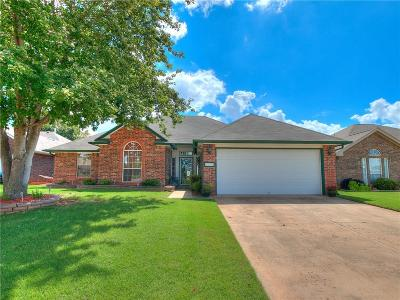Moore OK Single Family Home For Sale: $175,000