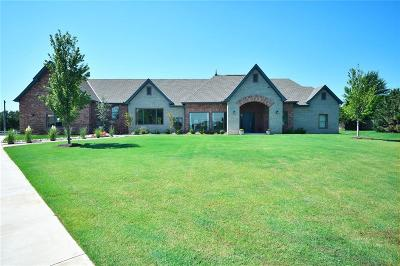 Edmond Single Family Home For Sale: 700 Heavenfield Drive