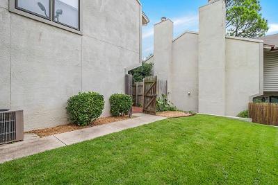 Norman Condo/Townhouse For Sale: 823 Cardinal Creek
