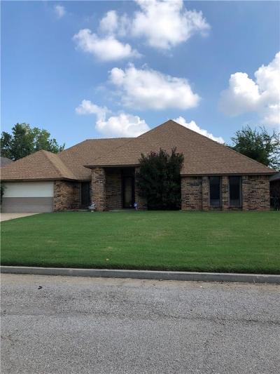 Edmond Single Family Home For Sale: 14036 Osage Drive