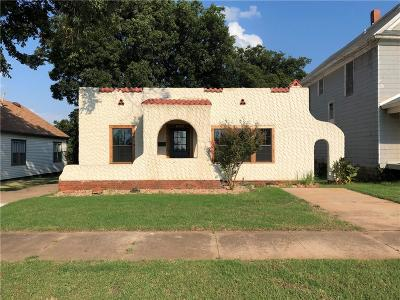 Guthrie Single Family Home For Sale: 120 N Drexel Street