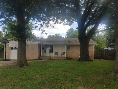 Midwest City Single Family Home For Sale: 2236 Highland