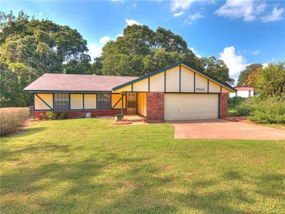 Edmond Single Family Home For Sale: 8533 Rockbrook Drive