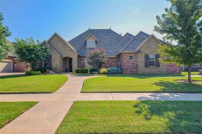 Moore Single Family Home For Sale: 3116 White Cedar
