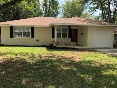 Midwest City Single Family Home For Sale: 1104 S Locust Drive