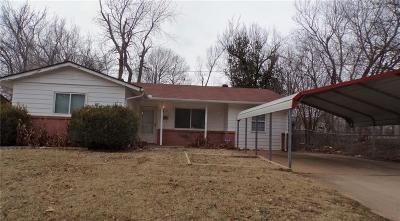 Midwest City Single Family Home For Sale: 3709 Parkwoods Lane