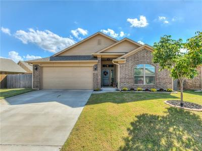 Edmond Single Family Home For Sale: 2504 NW 186th Street