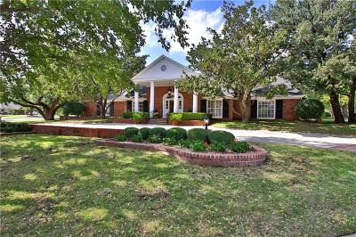 Nichols Hills Single Family Home For Sale: 1610 Westminster Place