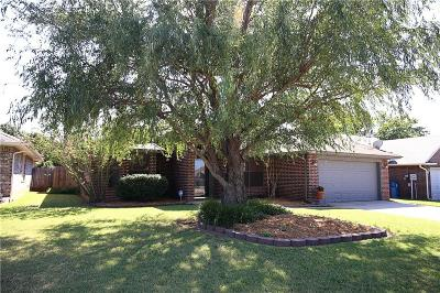 Edmond Single Family Home For Sale: 1712 Brittany Lane