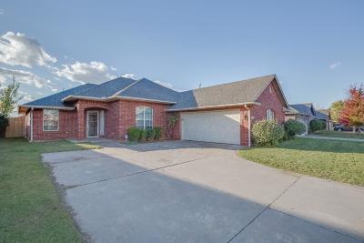 Single Family Home For Sale: 13113 Springcreek Court