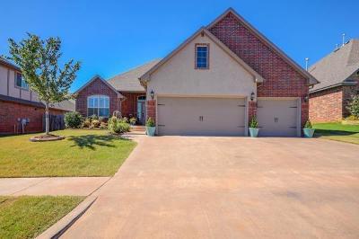 Moore Single Family Home For Sale: 1113 Samantha Lane