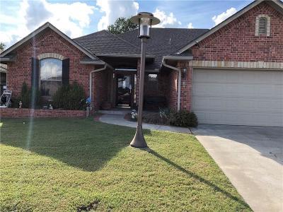Midwest City Single Family Home For Sale: 205 Stoneridge Lane
